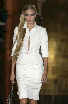 Valentino at Couture Spring 2003 - StyleBistro