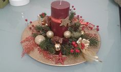 Centre de Table, NOEL Montage, Holidays And Events, Christmas Wreaths, Table Decorations, Holiday Decor, Home Decor, Center Table, Christmas Swags, Homemade Home Decor