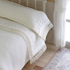 Luxury hand embroidered linen Set of sheet and pillowcase. Dollhouse lignerie , miniatures, scale 1:12.