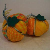 Rachael Rabbit: Tutorial: Simple Patchwork Pumpkins - pretty cute!