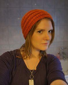 Høstlue (som alle kan strikke) Free Knitting, Knitted Hats, Knit Crochet, Crochet Patterns, Fashion, Threading, Moda, Crochet Chart, La Mode