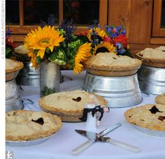 pie display option: galvanized buckets to lift up some pies - great for Fourth of July
