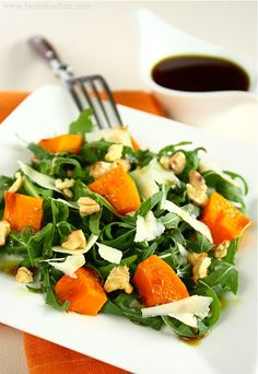 Dynia pieczona   Bea w Kuchni Caprese Salad, Lunch Box, Meals, Dinner, Fitness, Kitchen, Recipes, Food, Impreza