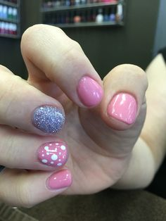 Nexgen dipping powder nails: pink and glitter with designs