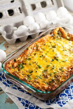 Easy Egg Breakfast Casserole that's great for Christmas, Thanksgiving, Easter…