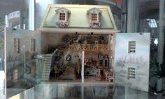 MINIATURAS ISABEL: Feria y exposición de miniaturas en Pola de Siero