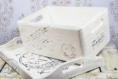 by Lil: Vintag'owe pudło na skarby oraz bielona taca kawow...