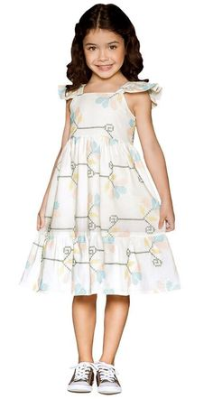 Vestido infantil que te encante off white bordado stella Girls Fashion Clothes, Kids Outfits Girls, Kids Fashion, Girl Outfits, Kids Summer Dresses, African Dresses For Kids, Baby Frocks Designs, Kids Frocks Design, Cute Girl Dresses