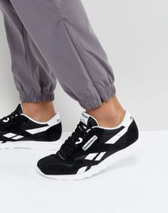 Buy Reebok Classic nylon trainers in black 6604 at ASOS. With free delivery and return options (Ts&Cs apply), online shopping has never been so easy. Get the latest trends with ASOS now. Sneakers Mode, Sneakers Fashion, Mens Reebok Trainers, Nylons, Club C 85, Black Reebok, Reebok Cl, Designer Trainers, Next Shoes