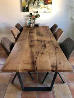 Slab Table, Dining Table Design, Dining Table In Kitchen, Dining Area, Wood Table, Kitchen Counter Cabinet, Country Modern Home, Esstisch Design, Living Room Decor