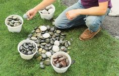 Turn smooth, flat stones into a whimsical outdoor accent of your own design Mosaic Rocks, Mosaic Stepping Stones, Pebble Mosaic, Stone Mosaic, Mosaic Art, Stone Patio Designs, Backyard Patio Designs, Backyard Landscaping, Landscaping Ideas