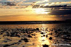 Atardecer en Cádiz / Sunset over Cádiz, by @algopasaconmary
