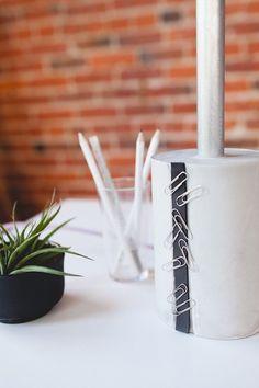 DIY Modern Cement Desk Lamp // jojotastic.com
