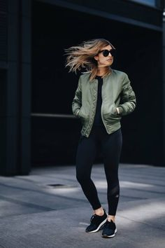 Stylish Jacket Outfits To Wear All Season For Ladies ✅ ideen sportlich elegant ideen sportlich schick ideen sportlich sommer ideen sportlich winter Athleisure Trend, Athleisure Fashion, Athleisure Outfits, Sporty Outfits, Athletic Outfits, Fall Outfits, Athletic Clothes, Office Outfits, Sporty Fashion