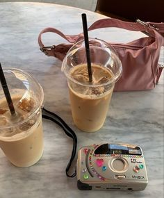 Food N, Good Food, Food And Drink, Iced Coffee, Coffee Time, Coffee Break, Coffee Drinks, Aesthetic Food, Aesthetic Photo