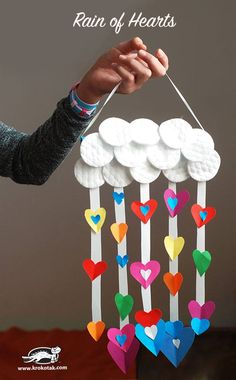 Heart raindrops and cotton pad cloud craft project for the kids! Heart raindrops and cotton pad cloud craft project for the kids! Valentine's Day Crafts For Kids, Valentine Crafts For Kids, Daycare Crafts, Toddler Crafts, Preschool Crafts, Valentines Bricolage, Kinder Valentines, Cloud Craft, Heart Crafts