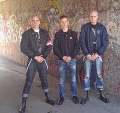 Skinhead Style, Skinhead Men, Skinhead Boots, Skinhead Fashion, Mens Fashion, Parda, Skin Head, Hot Guys, Leather Pants