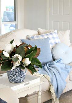 Beautiful House | Relaxed Living Room Design | http://beautifulhouse.com.au