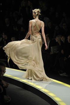 versace. movement
