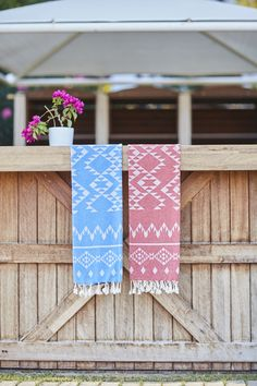 This special design Turkish Towels will be your best beach accessories in Summer 2017. Red? Blue? Turquoise? Hard to choose...