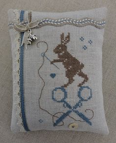 Stitches & Crosses: Freebies