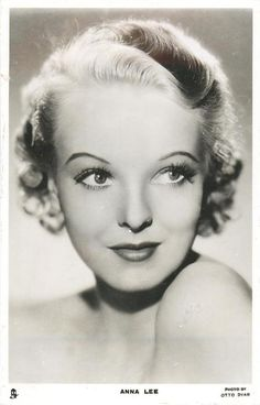 Anna Lee born as Joan Boniface Winnifrith in Ightham, England on 2 January She died 14 May 2004 in Beverly Hills, California English Actresses, British Actresses, Hollywood Actresses, Old Hollywood Glamour, Golden Age Of Hollywood, Classic Hollywood, Kay Francis, Ann Sheridan, Anna Lee