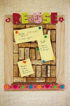 "That's delightful! #Frame #DIY #Crafts | ""Cork board with wine corks!"""