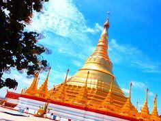 . 今日コチラは微妙なお天気〜 湿気が多すぎて髪の毛ボーボー ってことで、 ブルーとゴールドでテンションUP作戦❤️ ピカピカピーーーン✨✨✨ 私、金大好きです✨←やめろww よぉーーし‼️ 午後からもfightだぁー‼️✨ picはミャンマーのタチレクにある シュエダゴン・パゴダ寺院だよ . #シュエダゴンパゴダ#ミャンマー#タチレク#青空#旅女子#旅#海外#海外旅行#バックパッカー#過去写真#backpacker#girls#trip#travel#instagood#instafollow#love#shwedagonpagoda#Myanmar#tachileik#gold#blue#beautiful#happy