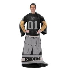 San Diego Chargers NFL Uniform Comfy Throw Blanket w/ Sleeves Steelers Uniforms, Dallas Cowboys Uniforms, Nfl Uniforms, Steelers Gear, Eagles Blanket, Steelers Blanket, Chargers Nfl, San Diego Chargers, Saints Players