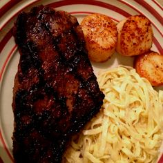 Prime NY Steak, Seared Scallops, Garlic Cream Linguine Ny Steak, Seared Scallops, Linguine, Garlic, Pork, Yummy Food, Treats, Snacks, Kitchen