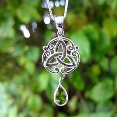 fishhook Wicca Collier avec Pendentif en Forme de Noeud Irlandais Vintage de Valknut Mythologie Nordique