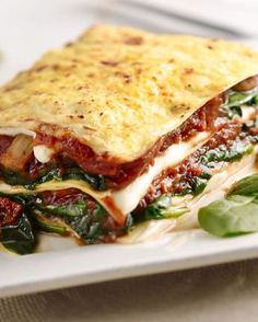Spinach lasagna with mushrooms and tomato – Healthy Recipes For Better One Life Healthy Recipes On A Budget, Vegetarian Recipes, Cooking Recipes, Good Food, Yummy Food, Tapas, Comfort Food, Lunch Snacks, No Cook Meals