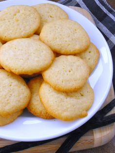 Homemade 'Nilla Wafers:   All the vanilla buttery goodness without commercial ingredients.  Perfect for Banana pudding recipe!!!