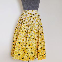 yellow black white floral early 1960s cotton by PleasingIvyVintage