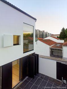 Casa na Choupana | 2es+ | Álvaro Marín e Alfonso Castro | Santiago de Compostela 2014 | Santos-Díez | BISimages