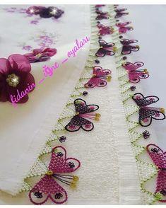 Crochet Pincushion - Bag made of knitted yarn with lavish pillows Needle Tatting, Tatting Lace, Needle Lace, Craft Stick Crafts, Diy And Crafts, Embroidery Stitches, Hand Embroidery, Caron One Pound Yarn, Crochet Pincushion