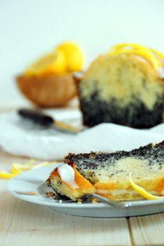 Mohn Zitronenkuchen - Backen, Schürzenfräulein, Rezept Avocado Egg, Breakfast, Poppy, Food Food, Baking, Rezepte, Breakfast Cafe, Avocado Egg Boats