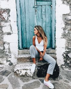 Likes, 96 Kommentare – Carlota Weber Mazuecos ( in I … - Summer Custom Mode Instagram, Instagram Pose, Picture Poses, Photo Poses, Photos Originales, Foto Casual, Shooting Photo, Insta Photo Ideas, Insta Pictures