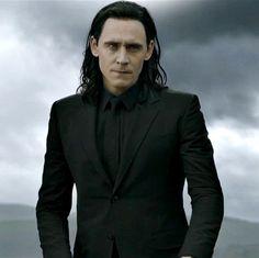 Hot Hiddleston007