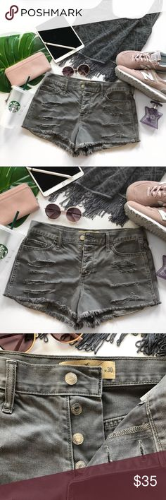 ac5189d9 Hollister Gray Slashed Button Fly Shorts Size 30 Hollister Short-Short Size  11/w30 Distressed Denim Frayed Edge Shorts New With Tags Silver Button Fly  High ...