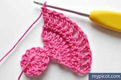 MyPicot is always looking for excellence and intends to be the most authentic, creative, and innovative advanced crochet laboratory in the world. Skirt Pattern Free, Crochet Skirt Pattern, Crochet Flower Patterns, Crochet Stitches Patterns, Crochet Flowers, Stitch Patterns, Crochet Feather, Crochet Butterfly, Crochet Art