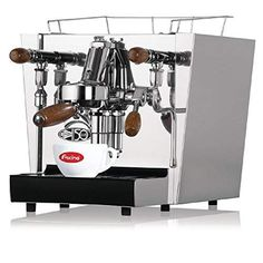 A premium quality compact manual fill single group coffee machine, the Fracino Classico is the perfect semi-professional partner for small venues such as hairdressers, boutiques, o Machine A Cafe Expresso, Espresso Coffee Machine, Espresso Maker, Commercial Coffee Machines, Commercial Kitchen, Mobile Catering, Popular Drinks, Coffee Varieties, Catering Equipment