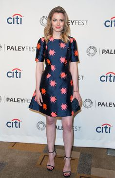 """Gillian Jacobs attends the 2014 PaleyFest """"Community"""" event at the Dolby Theatre in Hollywood, California in a House of Holland dress from the Resort 2014 collection paired with Stuart Weitzman 'Nudist' sandals. Gillian Jacob, Cute Girl Dresses, House Of Holland, Girl Celebrities, Fashion Outfits, Womens Fashion, Celebrity Style, Short Sleeve Dresses, Style Inspiration"""