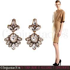 Los #pendientes de cristales transparentes Agatha son el #accesorio que andabas buscando para destacar en un evento formal. Con pelo recogido o suelto, conseguirán que todos los ojos se dirijan hacia ti ★ Precio: 9,95 € en http://www.conjuntados.com/es/pendientes-de-cristales-transparentes-agatha.html ★ #novedades #earrings #joyitas #jewelry #bisutería #bijoux #complementos #moda #fashion #estilo #style #GustosParaTodas #ParaTodosLosGustos
