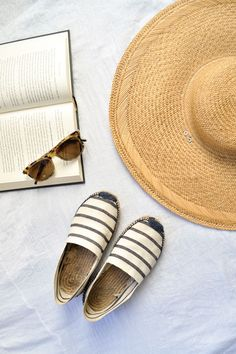 Clean your espadrilles with these 3 easy steps.