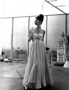 Wilhelmina 1960 - Photo by Kenneth Heilbron