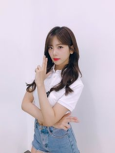 Beautiful Gorgeous, Beautiful Asian Girls, Your Girl, My Girl, Kim Min Ji, Jiu Dreamcatcher, Get Skinny Legs, Korean Wave, Kpop Girls