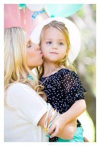 outdoor 4th birthday photo shoot, Orange County california, yorba regional park photography, Orange County  child photography, mommy and daughter photography http://www.bellafaith.photography