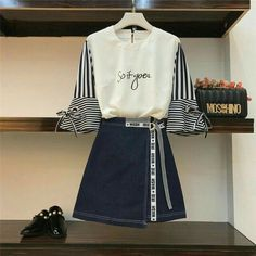 Fashion Design Patterns Clothes Inspiration New Ideas Girls Fashion Clothes, Teen Fashion Outfits, Cute Fashion, Look Fashion, Fashion Design, Fasion, Korean Girl Fashion, Ulzzang Fashion, Cute Casual Outfits