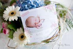 Douceur et fleurs pour ce modèle naissance photographié par notre blogueuse Margaux de Family Bears. (ref N31163) http://www.monfairepart.com/faire-part-naissance-16788-81-201-p7.html ©FamilyBears
